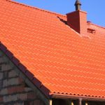 Praktyczna trwałość pokrycia zależy od żywotności więźby dachowej.
